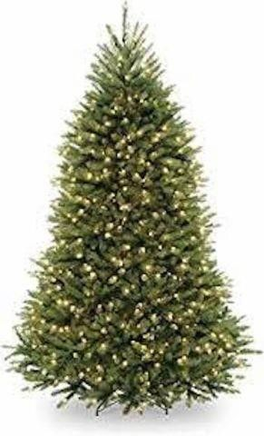 NATIONAl TREE ARTIFICIAl CHRISTMAS TREE  6 5 FEET