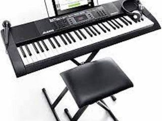 AlESIS MElODY 61 MKII   61 KEY PORTABlE KEYBOARD