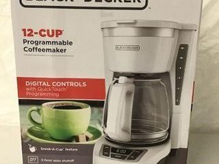 BlACK DECKER PROGRAMMABlE COFFEEMAKER 12CUPS