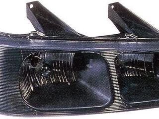 EAGlE EYES GM343 B001l GMC DRIVER SIDE HEAD lAMP