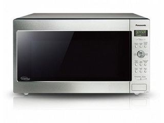 2 2 CU FT  PANASONIC NNSD965S MICROWAVE