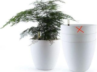 3 PCS  T4U PlASTIC SElF WATERING PlANTER WITH