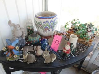 Group of yard art on table  TABlE NOT INClUDED