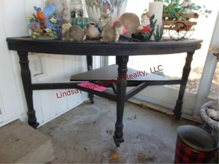 Corner metal table 29  x 49  x 26  NO CONTENTS
