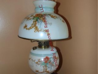 Hurricane lamp 10 5  x 18