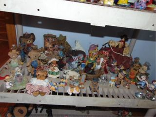 Approx 35  bears   other figures
