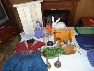 Approx 15 decor pcs  ducks  rabbit  shelves   othr
