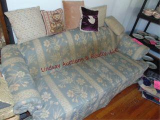 Masquerader sofa sleeper w  pillows  78x35x27