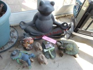 Group of yard art  turtle  frogs  rabbits SEE PICS