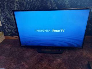 Insignia 32in TV   No Remote