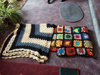 2 Afgan Blankets
