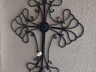 Metal Cross Decor with Hanger