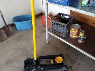 Floor Jack   Needs Repair   Does Not Work