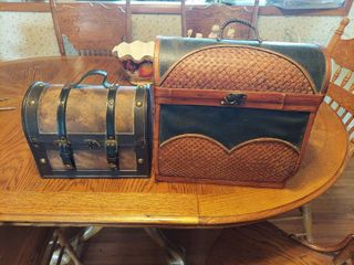 2  Decorator Trunk Box   Wooden