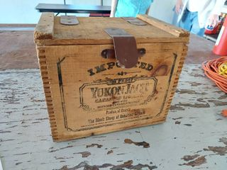 Yukon Jack Whiskey Crate