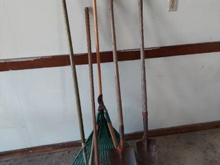 long Handled Tools   Shovels  Rakes and loppers
