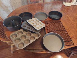 Assorted Bakeware