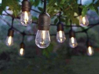 Hampton Bay 12 light Indoor Outdoor 24 ft  String light with S14 Single Filament lED Bulbs