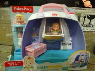 Fisher Price little People Cuddle and Play Nursery