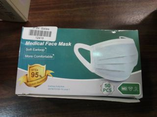 Medical Face Masks with Soft Ear loops   50 count