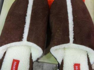 Pair of Dearfoam Size 10 Slippers