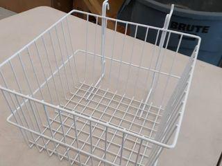1 Hanging basket