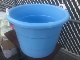 large blue bucket 10 gallon size crate for feeding bucket