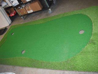 Artificial Grass Putting Mat   5  x 10