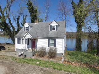3 Bedroom on the River
