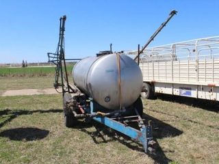 1000 Gallon Aluminum Tank Sprayer