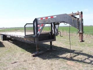 1993 40  Road Clipper Gooseneck Equipment Trailer
