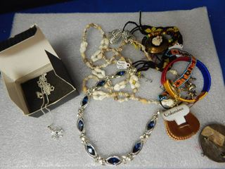 lot of Vintage Necklaces   More