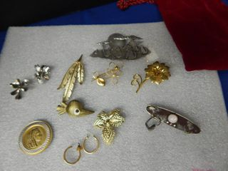 Vintage lot of Jewelry