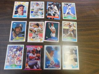 12 Baseball Cards including Willie Wilson