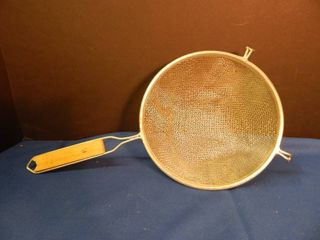 large Mesh Collander