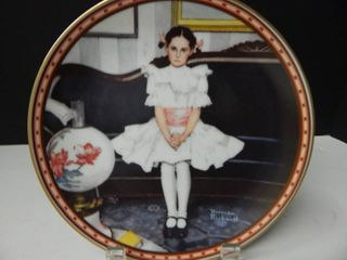 1987 Collectors Plate Edwin Knowles  Sitting Pretty