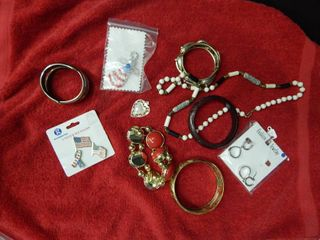 Misc Jewelry lot