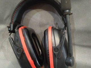 SYNC WIRElESS BEATS HEADPHONES