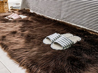 Carvapet long Brown Faux Fur Rug