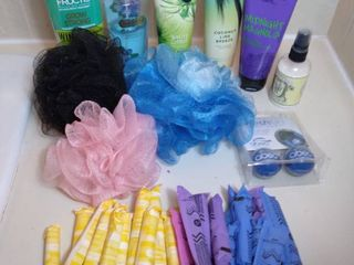 Small lot of Bathroom Items   Bath   Body Works lotion  Body Soray  Conditioner  loofah  and Femine Products