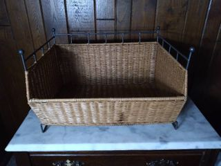 Bed Bath and Beyond Stackable Wicker Basket