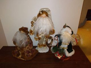 lot of 3 Santa Figurines   Unknown Brands   Green Santa  White Santa  Floral Santa