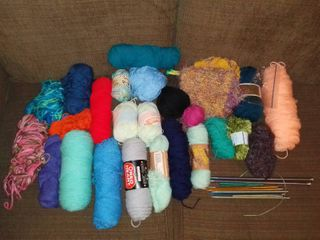lot Of Assorted YARNS And 4 Sets of Knitting Needles   2 Crochet Hooks