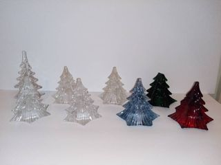 lot Of 8 Glass Village Pine Trees   5 Cleans Glass   1 Red   1 Blue With Small Chip in Glass   1 Green With Tip Of Tree Broken