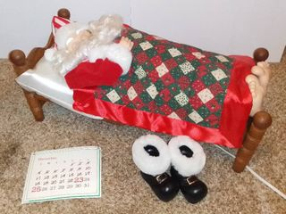 Christmas On Main Street Collector s Edition The Original Animated Sleeping Santa With Sound   Boots And Calander Included   Tested AND WORKING