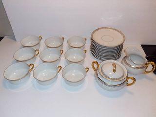 Vintage H Co Selb Bavaria IMPERIAl   9 Tea Cups   12 Tea Cup Saucers   Sugar Cube Dish   Creamer Dish