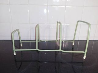Small Green Plate Holder