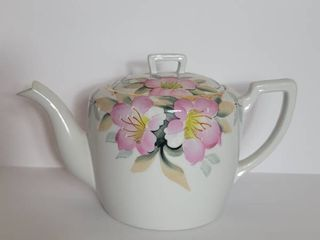Noritake Azalea Teapot  Red label