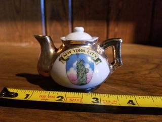 Vintage Miniature New York City Tea Pot