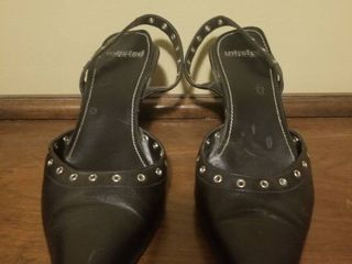 Unlisted A Kenneth Cole Production Heels  Sole Is Coming Unglued  No Size